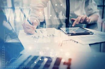 Biuro rachunkowe - 4 zalety korzystania z ich usług