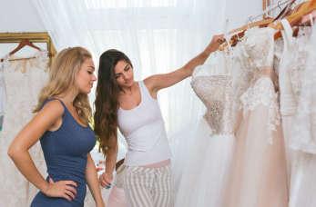 Moda ślubna – tradycyjnie czy z pazurem?