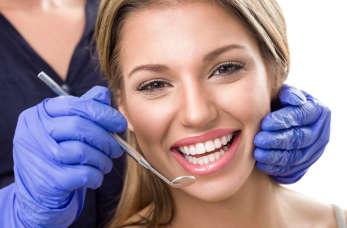 Na co zwrócić uwagę wybierając stomatologa?