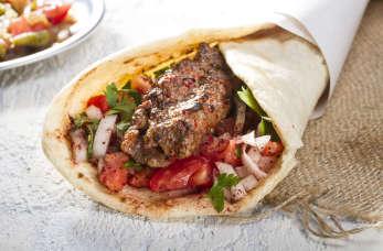 Kupując kebab, zwracajmy uwagę na to, skąd pochodzi mięso wykorzystane do jego produkcji