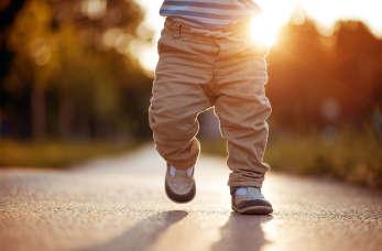 Schorzenia stóp u dzieci to konsekwencja źle dobranego obuwia