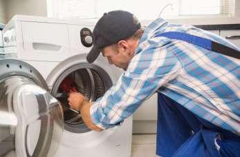 Dlaczego opłaca się naprawić pralkę zamiast kupować nową?