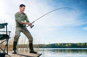 Jak łowić metodą spinningową? Zasady i sprzęt