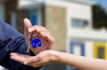 Kupujesz lub wynajmujesz mieszkanie? Skorzystaj z pomocy biura nieruchomości