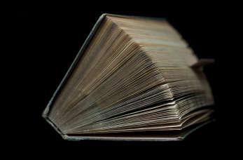 Gdzie szukać starych książek i przedmiotów z duszą?