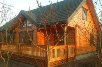 Niezwykły klimat domów drewnianych z bali