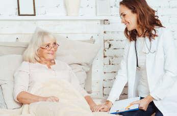 Na czym polega opieka paliatywna i gdzie szukać pomocy?