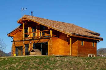 Jak przeprowadzić remont w tradycyjnym domu drewnianym?
