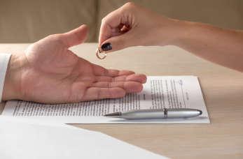 Planujesz rozwód? Oto, co musisz wiedzieć zanim złożysz pozew