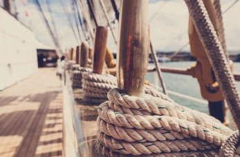 Praca marynarza – pokochaj morze!