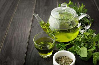Czy zielona herbata odchudza? Właściwości zielonej herbaty