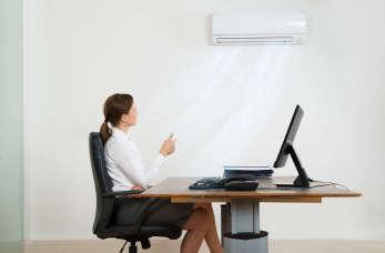 Klimatyzacja w firmie a wymogi BHP